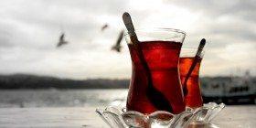 Günde 4 Bardak Çay İçmek Felç Riskini Azaltıyor