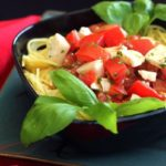 mozarela peynirli ve domatesli spagetti Ana Sayfa
