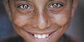 Şikayet ve Gülümseme Üzerine