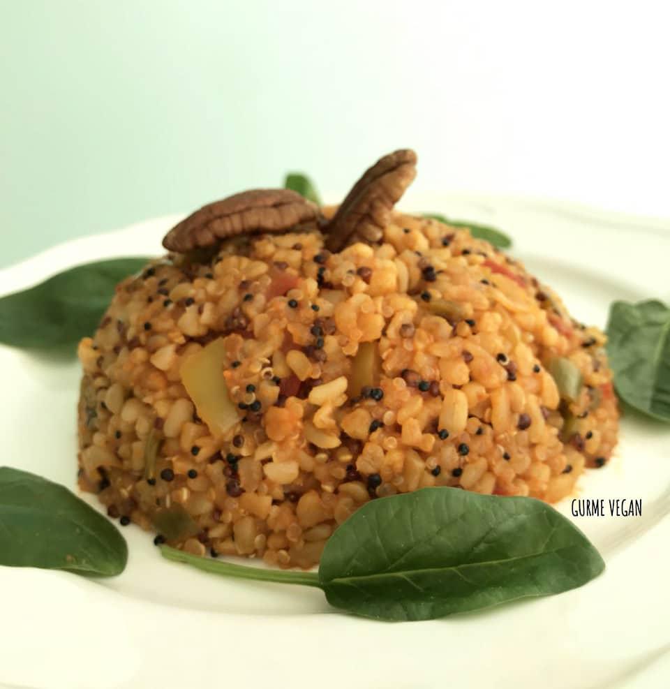 quinoa pilaf Kinoa Bulgur Pilavı