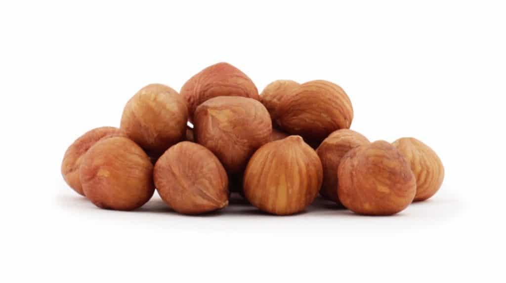 fnd 050 un 1kg organic raw hazelnuts Bitki Bazlı Protein Kaynakları