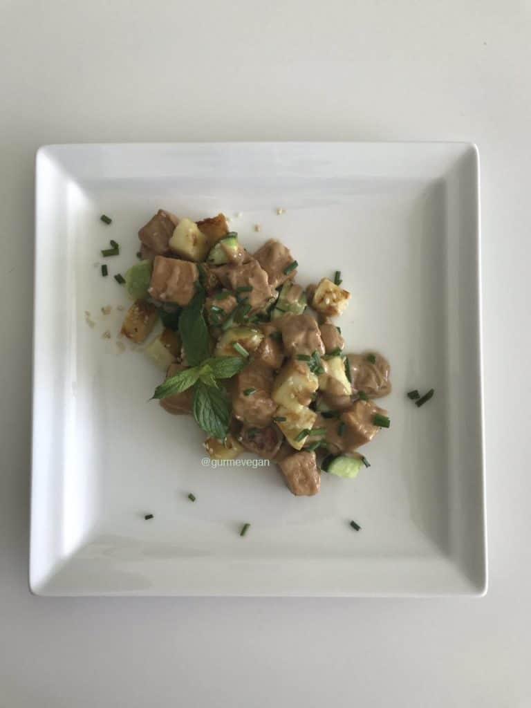 Fıstık ve Zencefil Soslu Kızarmış Tofu 1